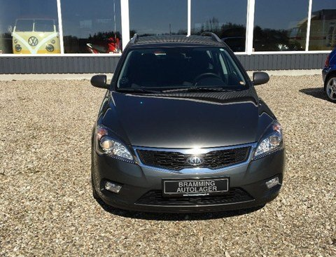 Kia Ceed 1,6 CRDi 115 Celebration SW 5d